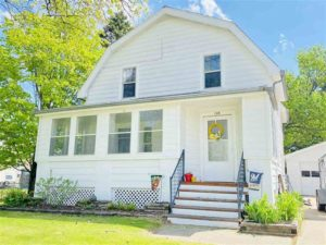 Capture this home near the heart of the Pulaski Polka Grounds.